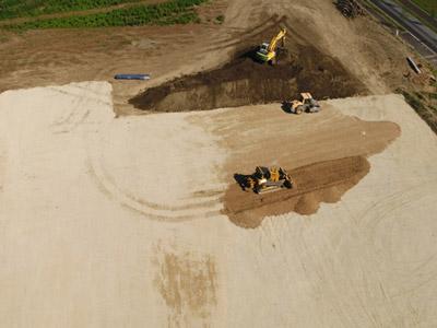 Travaux de terrassement dans le pays voironnais, en Isère, en Savoie